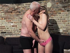 grandpa gets trunk throated and wet fantastic little girl