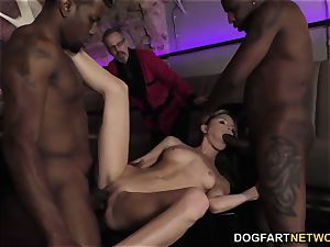 Gina Gerson interracial double penetration - cuckold Sessions