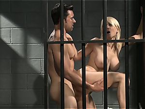 Jailhouse rock with Lexi who enjoys to drink