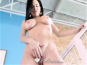 big orbs cougar Veronica Avluv pounded deep