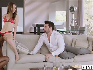 VIXEN Riley Reid has strenuous threesome with Ana Foxxx and beau