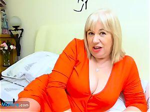 EuropeMaturE luxurious round Trisha Solo masturbation