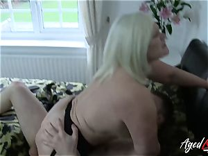 AgedLovE gonzo with hot Mature Lacey Starr