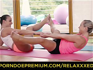 RELAXXXED sapphic Amirah Adara torn up on yoga class