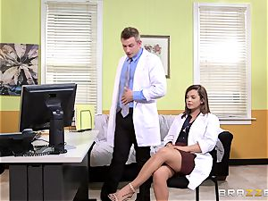 doc Keisha Grey bangs one of her crazy red-hot fucking partners
