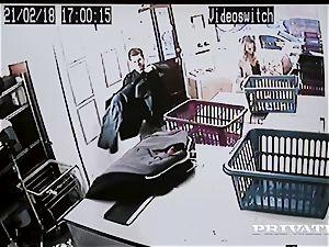 Private.com - Mia Malkova gets pulverized in the laundry