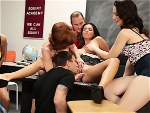 Veronica Avluv flashes super hot damsels how to unload