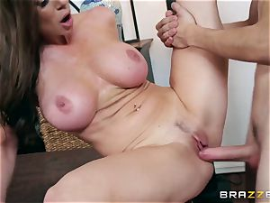 lustful meaty bap mummy Kendra eagerness chooses her daughter's young boyfriends