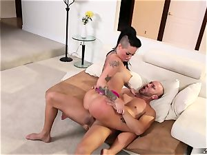 tatted slut Christy Mack gets her cootchie penetrated by her husband's pal