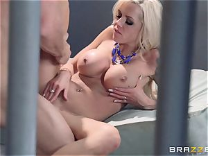 Nina Elle bangs a uber-sexy con in front of her hotwife hubby