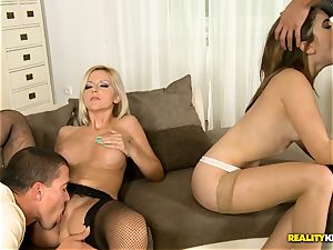 poon and anal invading orgy with Evelina Darling and Summer