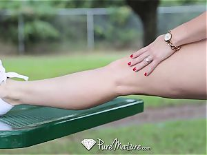 PureMature cougar Cory pursue nailed after run in the park