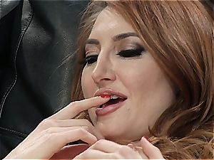 Kendra James the ginger pussy muncher finishes off by a pussylicious disaster