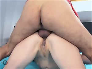 HITZEFREI German mature dirty Tina has her backside penetrated