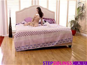 Helping My Step step-sister Ariana Marie jizz