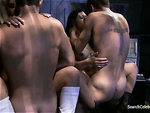 Jazy Berlin and Cassandra Cruz - lust in Space