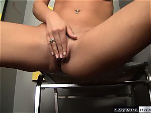 Jasmine Jolie gives a uber-sexy footjob at a gloryhole