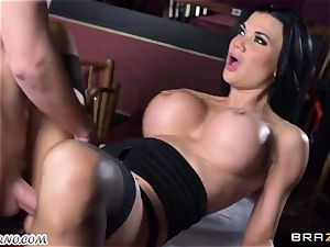 sexy buxom waitress Jasmine Jae gets her taut cunt plowed by Danny