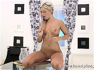 piss shower for piss enjoying Dido Angel