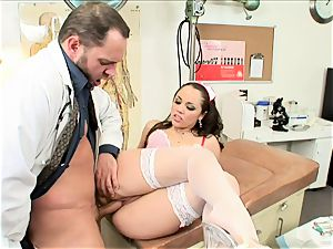 curvy Kristina Rose gets jammed up her dribbling cunt