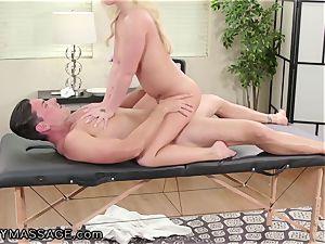 FantasyMassage Bailey Brooke On Top of masseurs trunk!