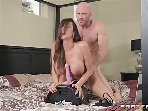 Ariella Ferrera getting inserted by Johnny