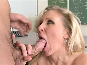 Julia Ann is a gonzo cougar who wants to put her twat on a hard stiffy