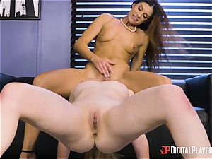 India Summers and Sunny Lane poon tribbing action in the office
